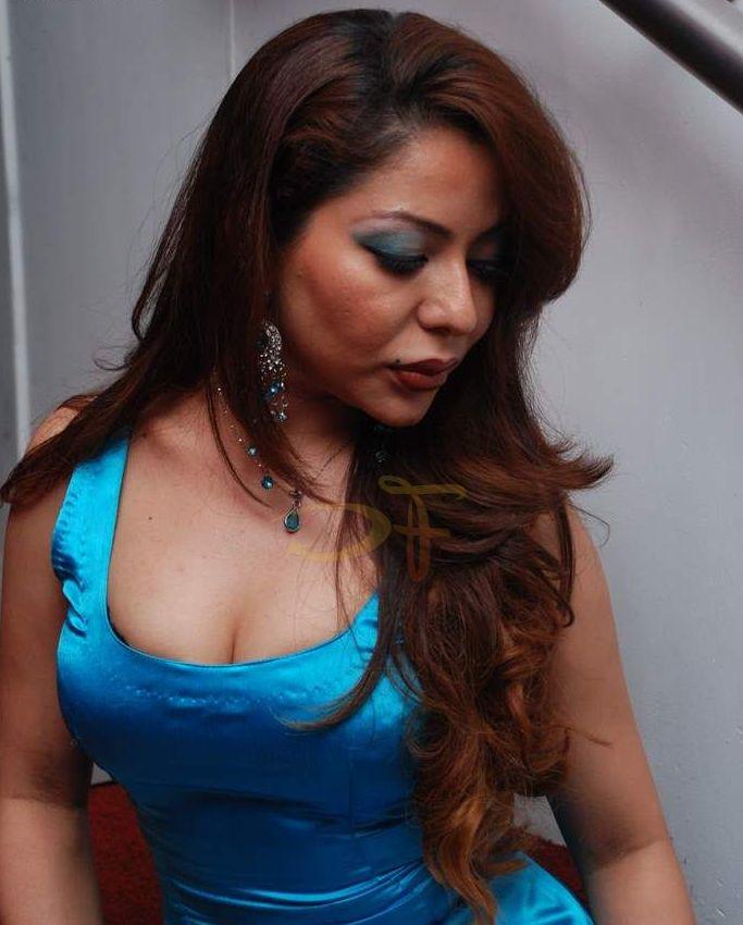 busty masala actress laila khan sexy tight laila khan